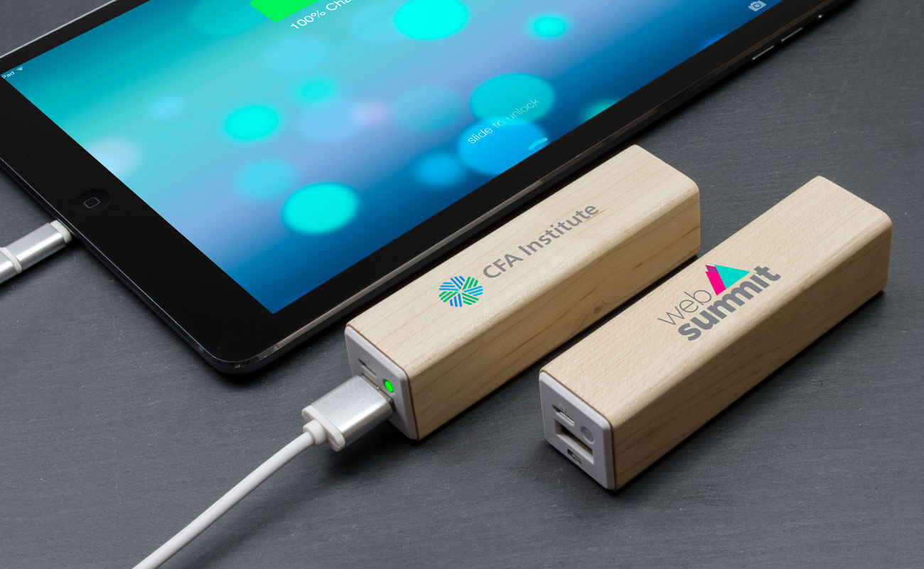 Maple - Powerbank med Logo